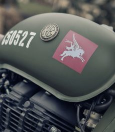 Royal Enfield-Classic 500 Pegasus Edition-Feature-01