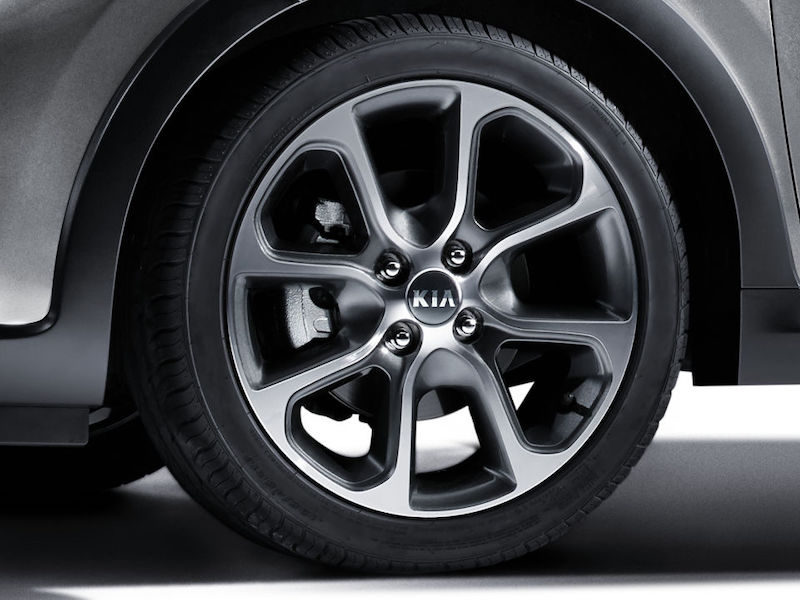 kia-picanto-ao-edition-16-inch-alloy-wheels