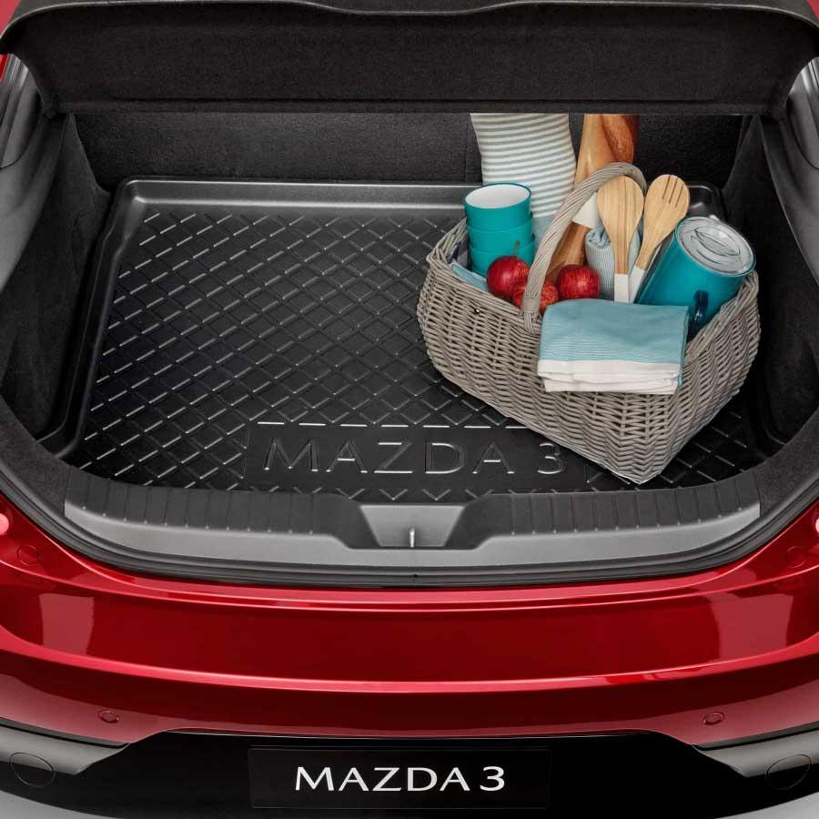 mazda3_hatch_cargo_tray