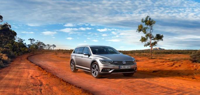 Volkswagen-PB-PassatAlltrack-July17-SL
