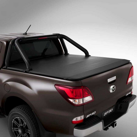 black-retractable-roller-tonneau-cover