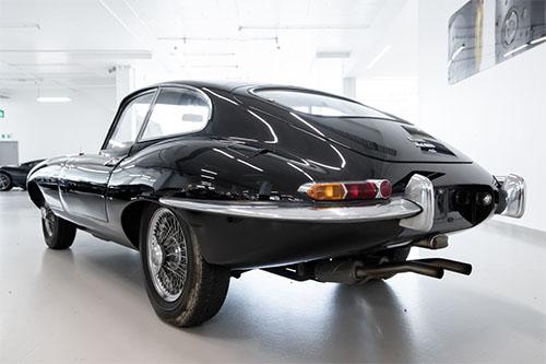 1964-jaguar-e-type