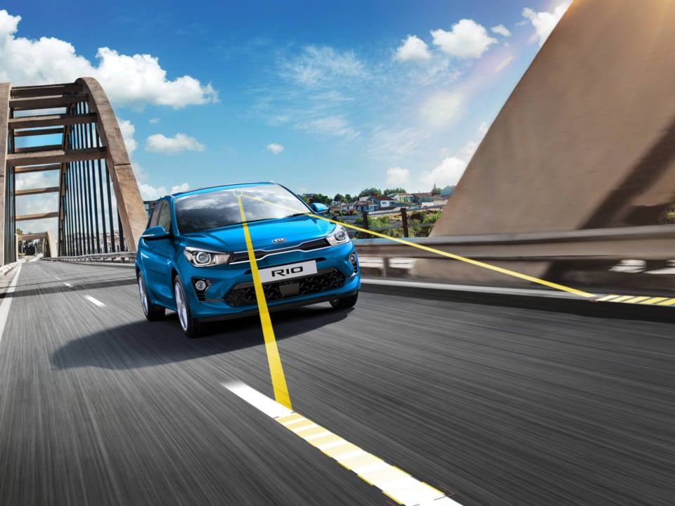 kia-rio-safety-lane-keeping-assist