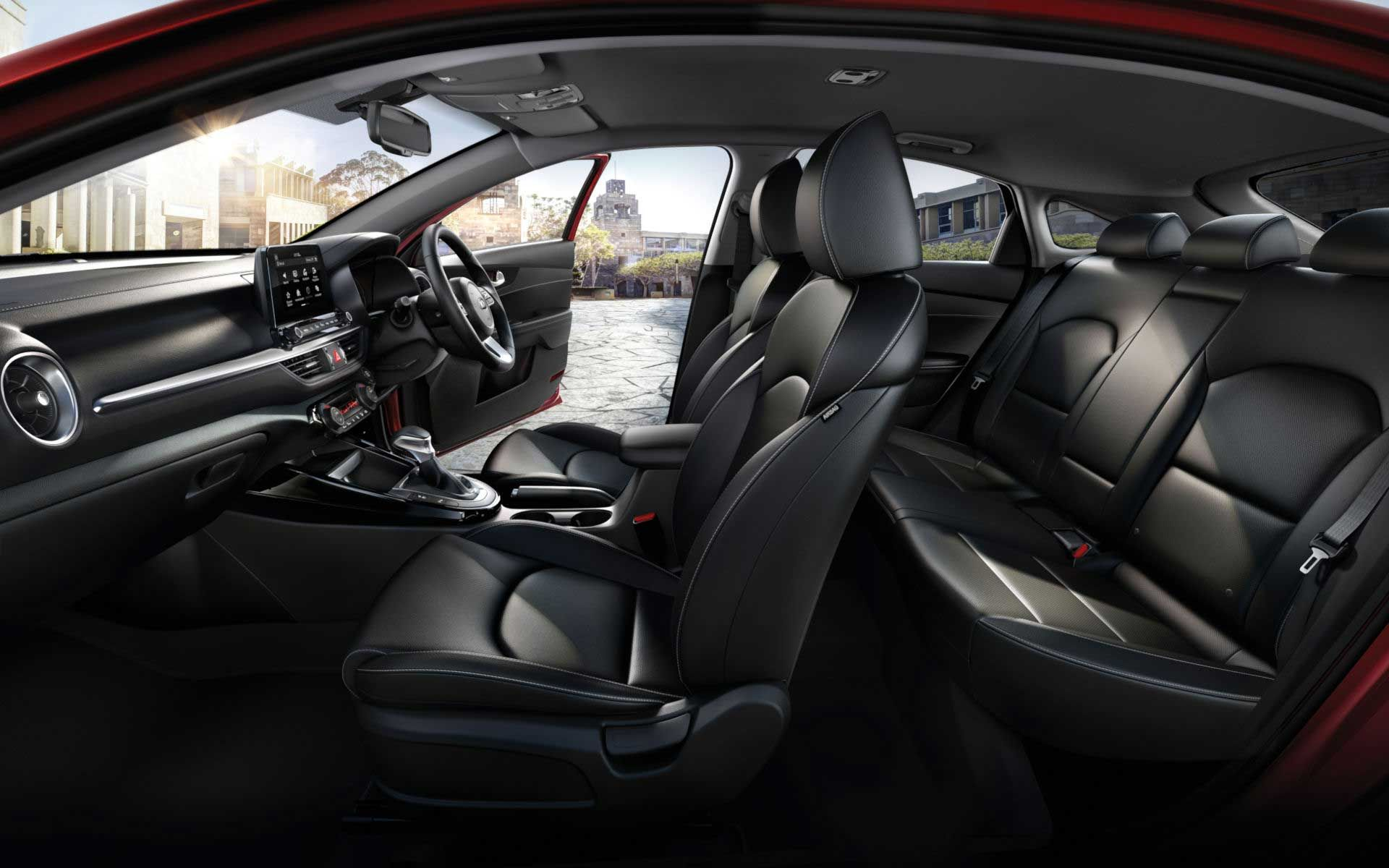 kia-cerato-hatch-interior-side