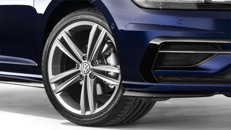 McCarroll's Volkswagen - VW Golf 2019   Performance Hatchback