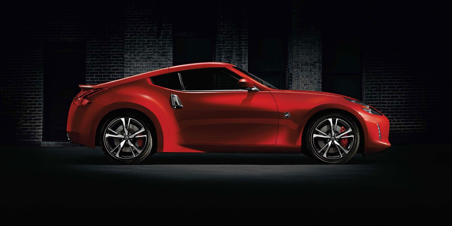 Nissan 370Z Side profile