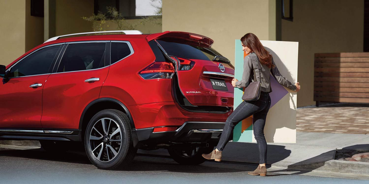X-trail_MOTION-ACTIVATED TAILGATE