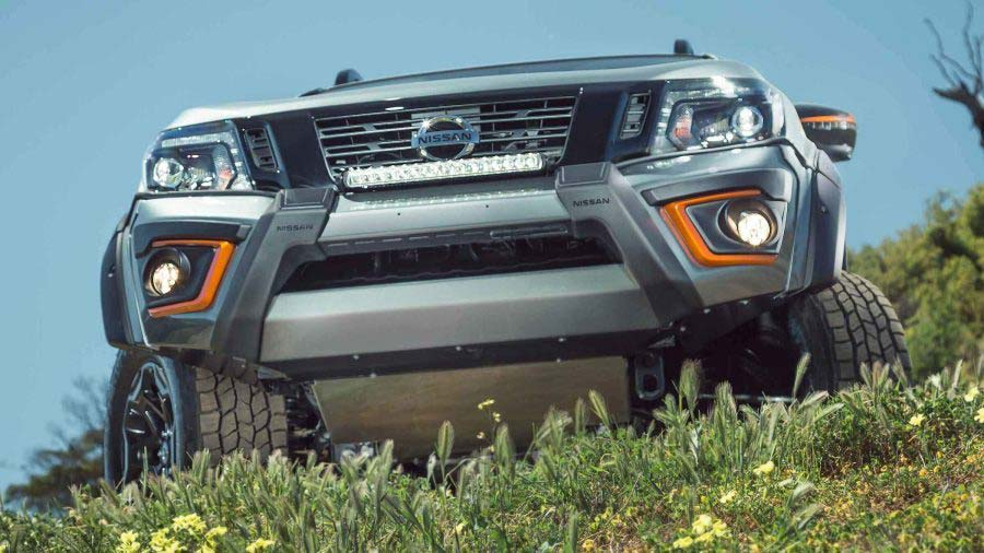navara-n-trek-warrior-bullbar-led-bar