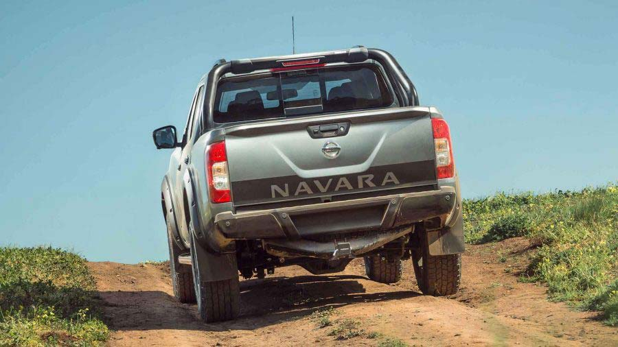 navara-n-trek-warrior-rear-decal