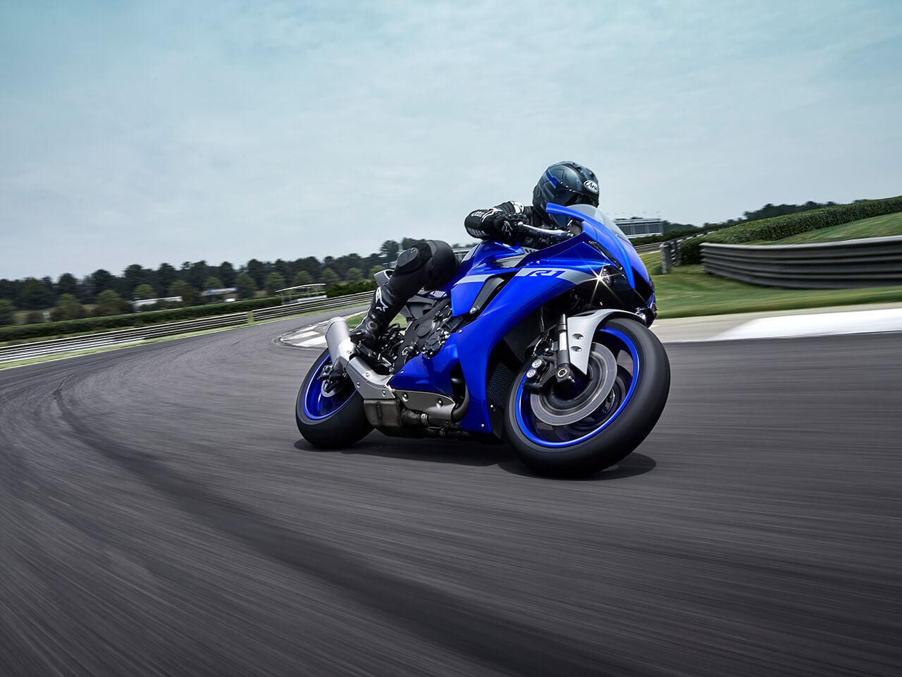 2020 Yamaha YZF-R1 Gallery 1