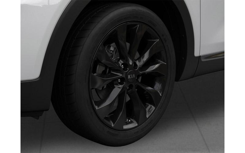 kia-sorento-black-edition-alloy-wheels