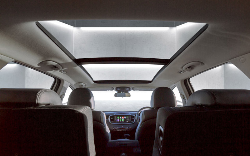 kia-sorento-black-edition-sunroof