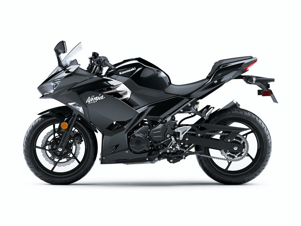 Kawasaki - 2021 Ninja 400