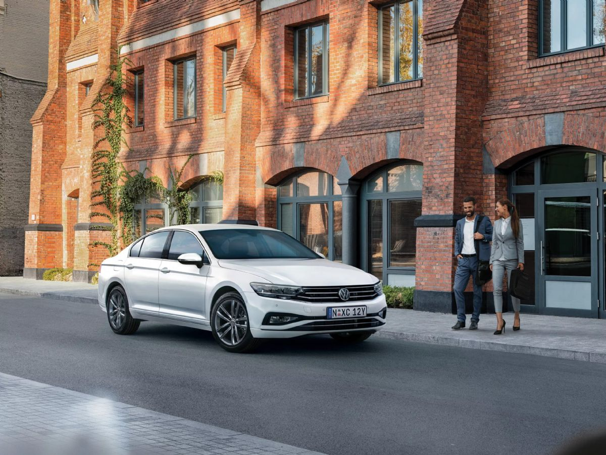passat-sedan-2020-feature-1