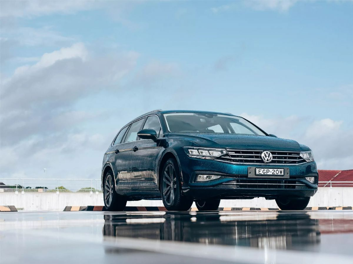 passat-wagon-2020-feature-1