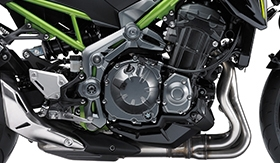 Z900-EXCITING-IN-LINE-FOUR-ENGINE