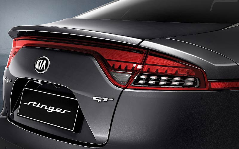 kia-stinger-features-spoiler