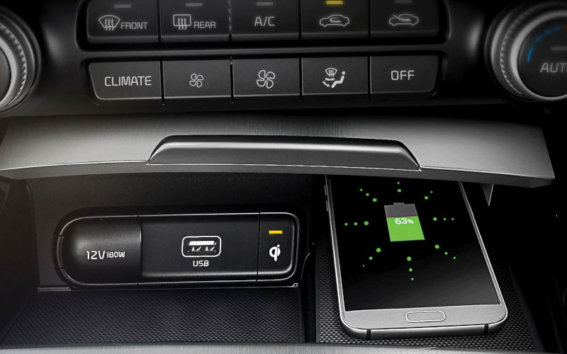 kia-stinger-features-interior-wireless-charger