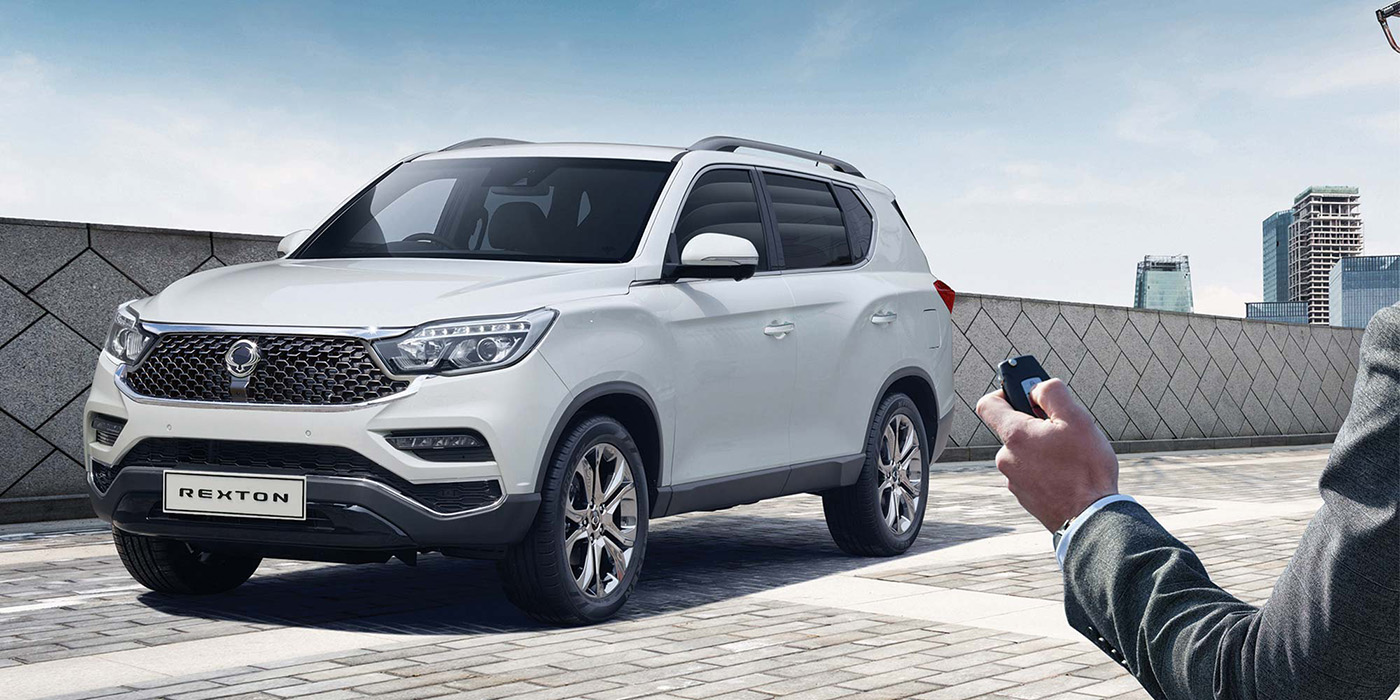 ssangyong-rexton-large-4wd-suv-v2