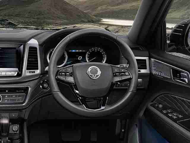 ssangyong-rexton-leather-steering-wheel