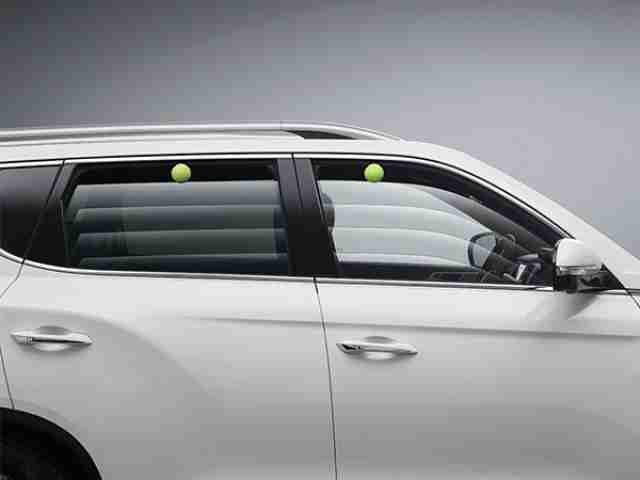 ssangyong-rexton-power-windows