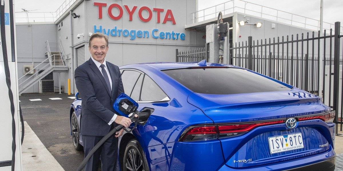 blog large image - FUELLING THE FUTURE AT THE TOYOTA HYDROGEN CENTRE