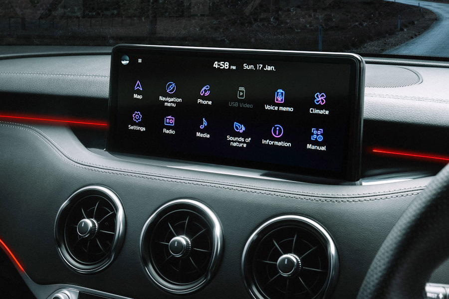 Stinger 10.25 Inch Touchscreen