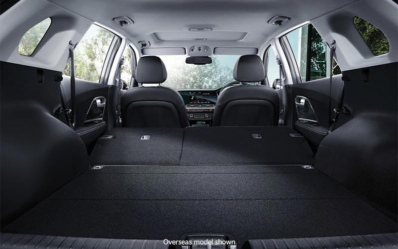 kia-niro-features-interior-split-fold-rear-seats