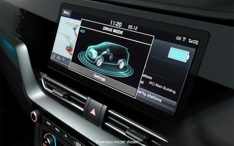 kia-niro-features-interior-touchscreen-PHEV