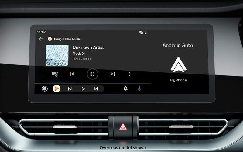 kia-niro-features-interior-split-screen-PHEV