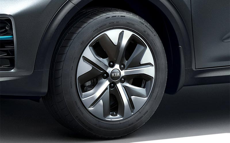 kia-niro-features-design-alloy-wheels-EV