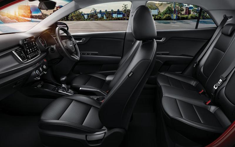 Kia-Rio-SX-Grades-Premium-Interior