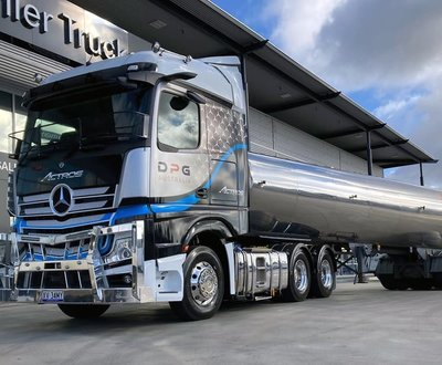 Stillwell Trucks Sydney Mercedes-Benz image