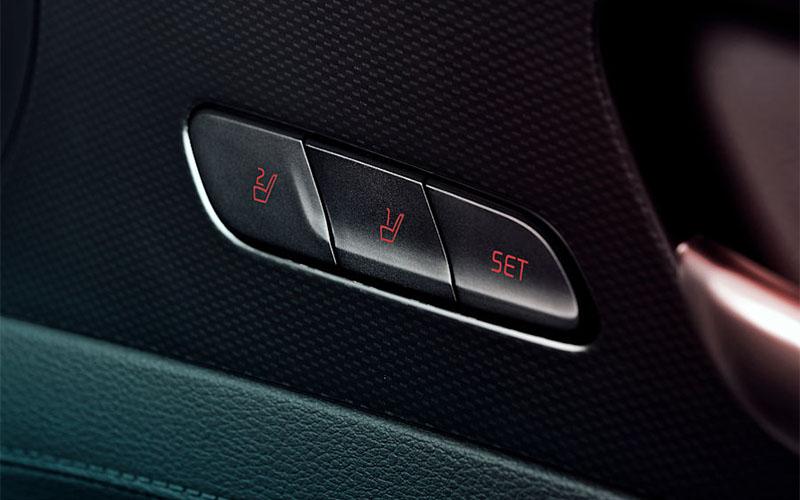 kia-cerato-interior-memory-seat