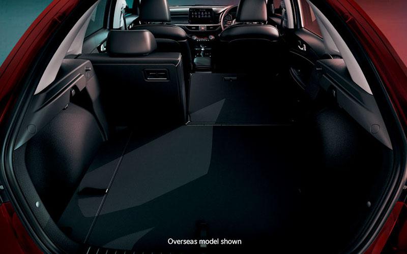 kia-cerato-features-interior-split-fold-rear-seats