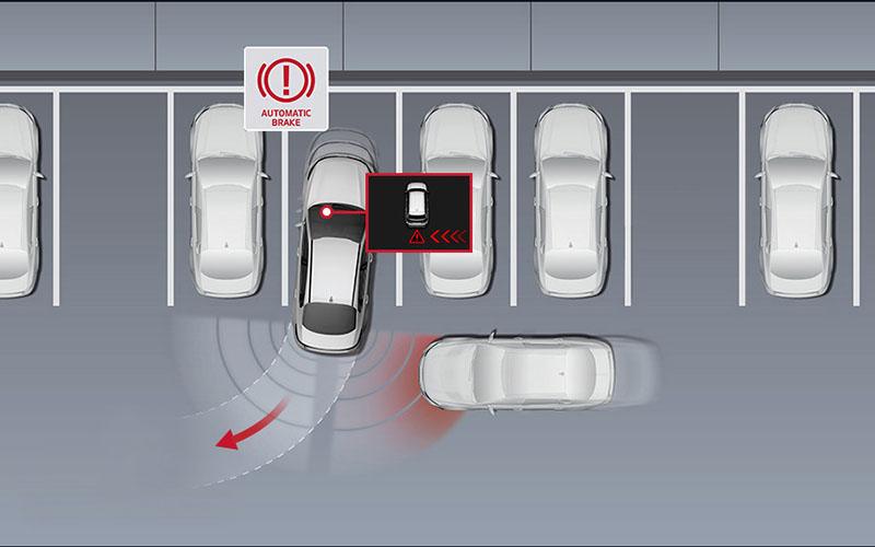 kia-cerato-features-safety-rear-cross-traffic-alert