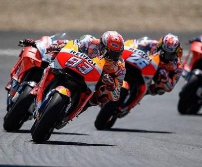 MotoGP Jerez Marquez Dovisioso Pedroa Lorenzo Rossi Crash 2018 Championship image