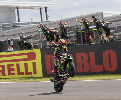 rea-wins-donnington image
