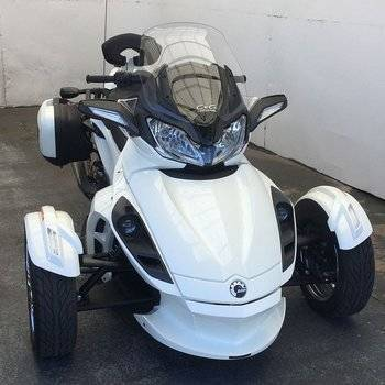 2013 Can-Am Spyder ST Limited Small Image