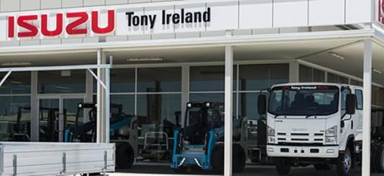 Tony_Ireland_about_image2