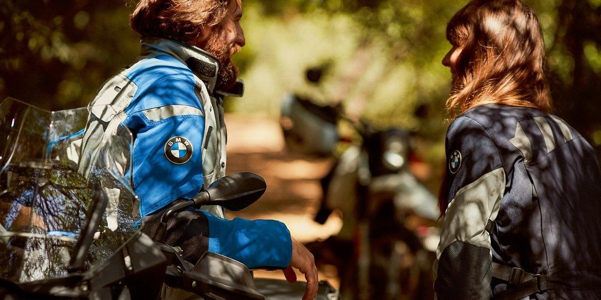 blog large image - New BMW Rallye Suit