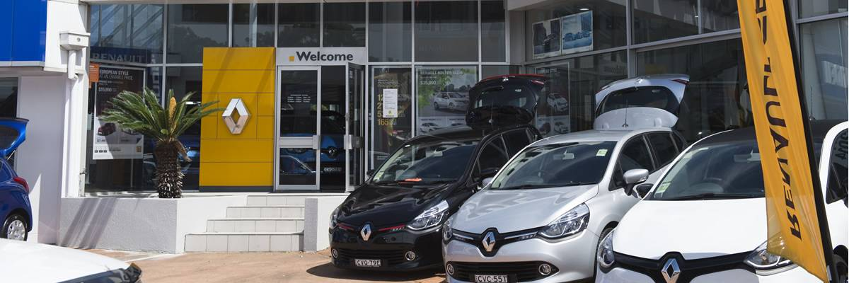 Col_Crawford_Renault_Dealership_nm