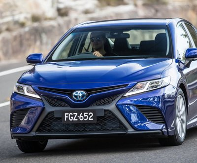 Toyota Camry Hybrid image
