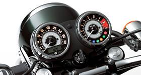 Kawasaki 2015 W800 SE Black Edition Traditional Instrumentation