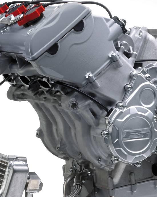 F3 675 RC - engine