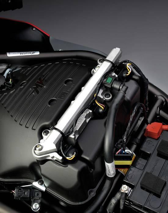 F3 800 - engine