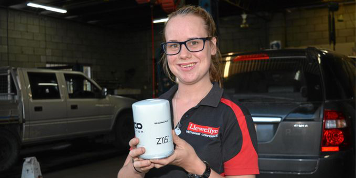 blog large image - Paving a way for women in the motor industry