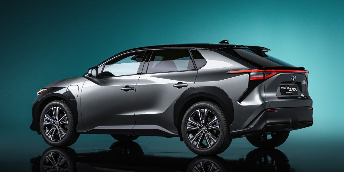 blog large image - TOYOTA REVEALS GLOBAL ELECTRIFICATION STRATEGY IN SHANGHAI