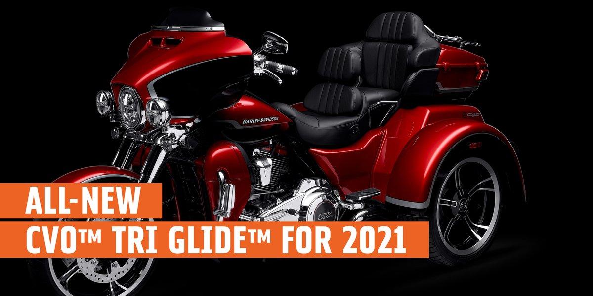 blog large image - H-D®  2021 New CVO™ Tri Glide™