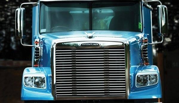 Coronado 122 - Newcastle Freightliner